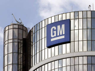 GM laying off over 2,000 at 2 car plants
