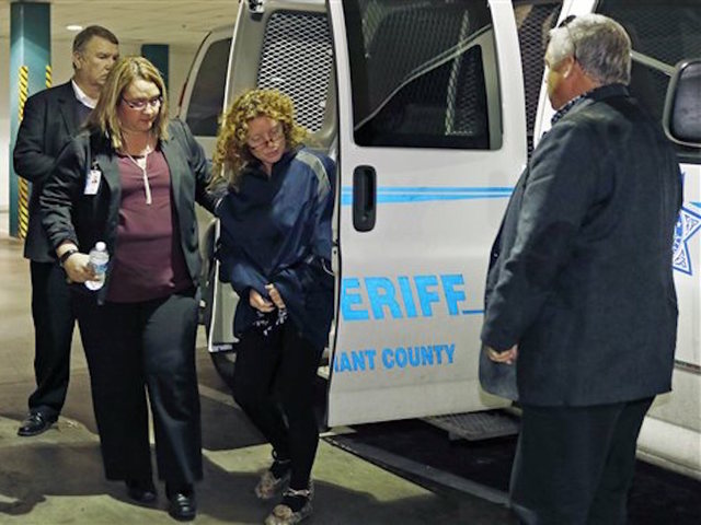 'Affluenza' Teen's Mom Sent Back to Texas From LA