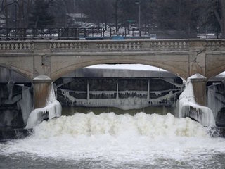 Official: Shift to Flint River made too quickly