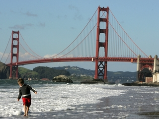 Airbnb sues San Francisco over tight regulations