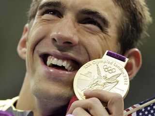 Michael Phelps welcomes his first son