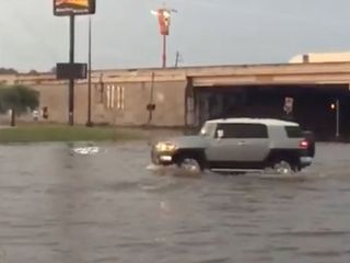 Severe floods claim at least 6 lives in Texas