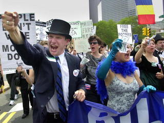 Lawsuit settled over convention protest ban