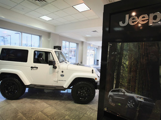 Fiat Chrysler recalls 224K Jeeps