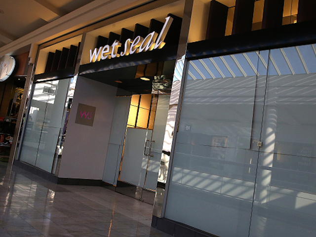 Wet Seal going out of business, closing 171 stores