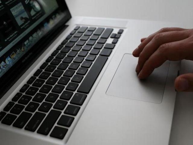 US Mulling Expansion of Laptop Flight Ban to Europe