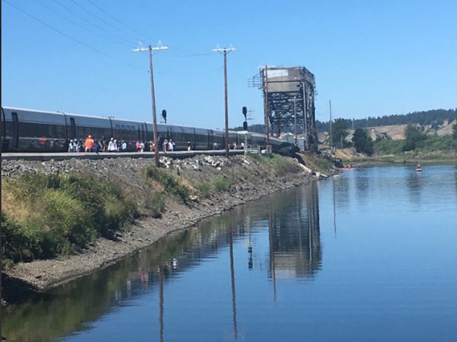 Passenger train derails near Steilacoom; no serious injuries