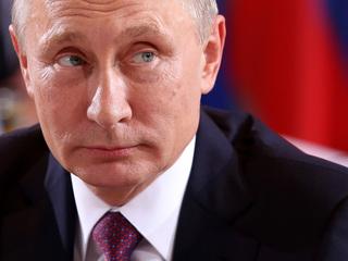 Putin marks Epiphany with dip in freezing water