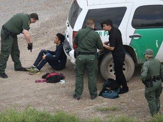 Arrests, detainments at US-Mexico border rising