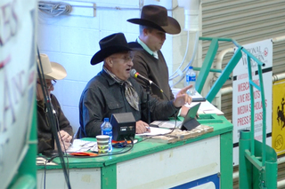How an auctioneer keeps his voice going strong